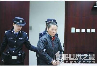 女子骗闺蜜染艾滋,12年被骗64万(网友:防火防盗防闺蜜)