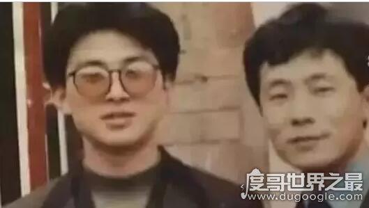 """25年前借1000元还1000万,只为感激昔日落魄时的""""恩情"""""""