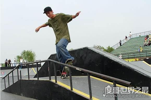 中國滑板第一人,車霖(第一屆亞洲滑板錦標賽金牌獲得者)