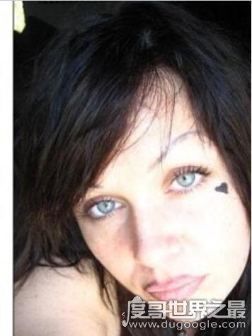 美国风流妈妈,米斯蒂·阿特金森(与儿子发生关系被判刑4年)