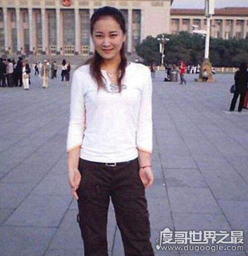 年輕時的賈玲是真瘦,賈玲瘦的照片令人驚艷(乃是大美女)