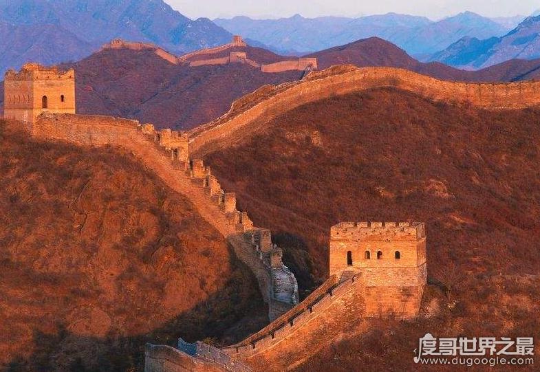 世界七大奇迹古罗马斗兽场历史悠久,中国有两处排列其中