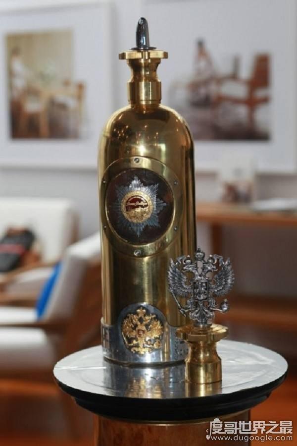 价值823万最贵伏特加被盗,与中国最贵酒赖茅相比还差一点