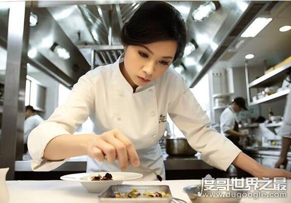 欧冠万博官网登陆名厨盘点,他们每一位都是美食的代名词(备受吃货追捧)