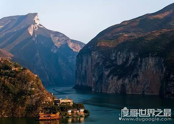 长江三峡指的是哪三峡,瞿塘峡、巫峡和西陵峡这三段峡谷的总称