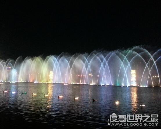 亚洲第一高喷泉,鄂尔多斯市康巴什音乐喷泉主喷高度达184米