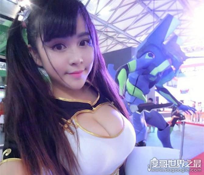中国胸最大的女明星排名,e罩杯的张馨予只能排第三(附美图)
