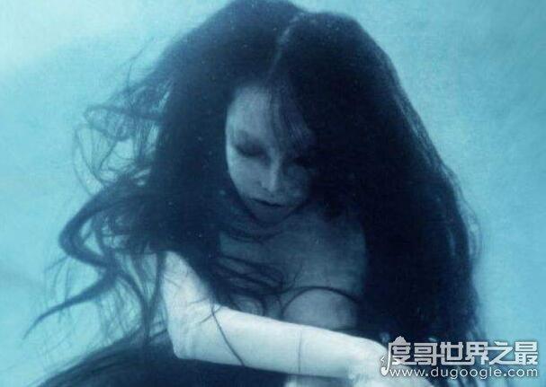 海南民间鬼怪禁婆的传说,在《盗墓笔记》中也有出现(会吃人)