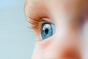 人类5种罕见的瞳孔,原来这个世界真的有白眼(视网膜癌)