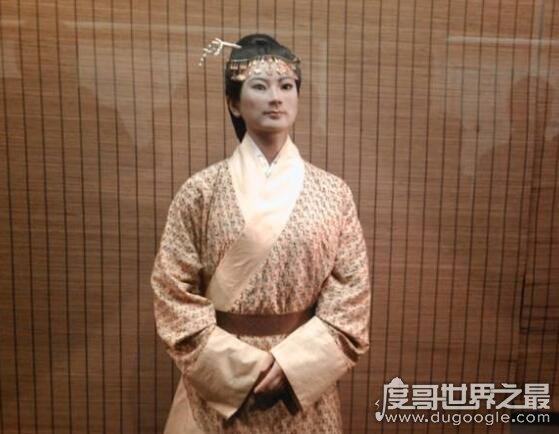 马王堆辛追夫人的真实历史,她与韩信有一段缠绵悱恻的恋情