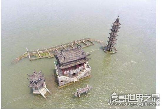 世界上最神秘的建筑,落星墩每年仅出现一次(屹立水中千年不倒)