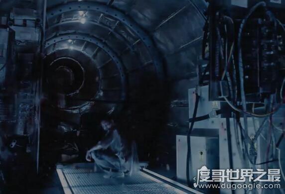 泰国恐怖片407猛鬼航班事件,看完算你狠(胆小勿入/内附视频)