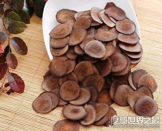 中国四大国宝名药,人参、鹿茸、首乌、灵芝(药草年份越高越珍贵)