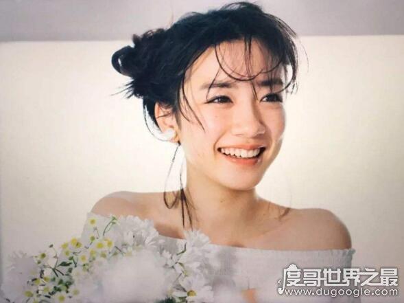新生代日本宅男女神,永野芽郁(20岁的她宛若人间仙女美到哭)