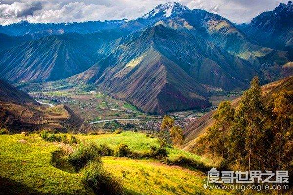 世界上最长的山脉,安第斯山脉(全长8900km/横跨小半个地球)