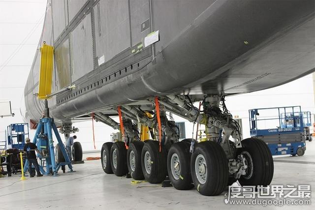 世界上最大的飞机,保罗号翼展达117米(实力碾压安225运输机)