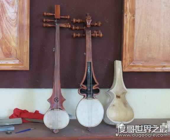 六弦琴是什么乐器的别称,现代一般指吉他(也指藏族六弦琴)