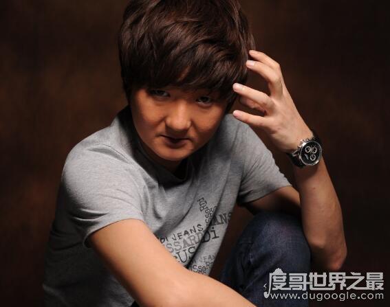中国十大丑男,王大治名列榜首(陈冠希竟然也榜上有名)