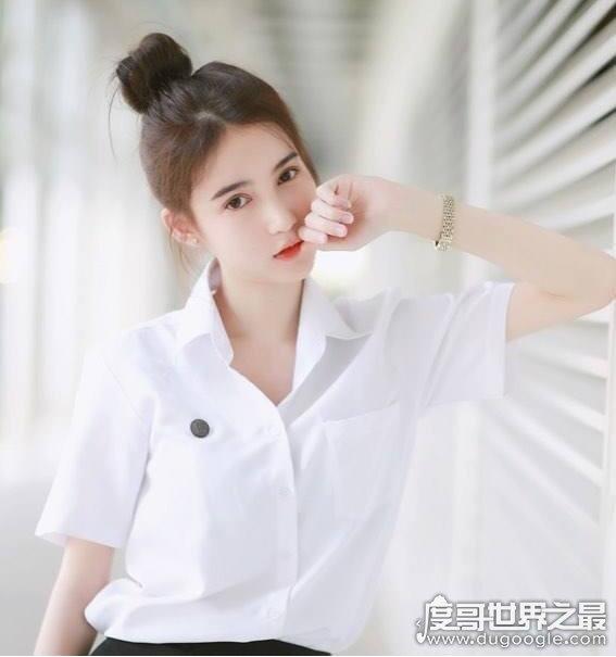 泰国人妖皇后yoshi,掰弯全世界男人的最美人妖(高清美照)
