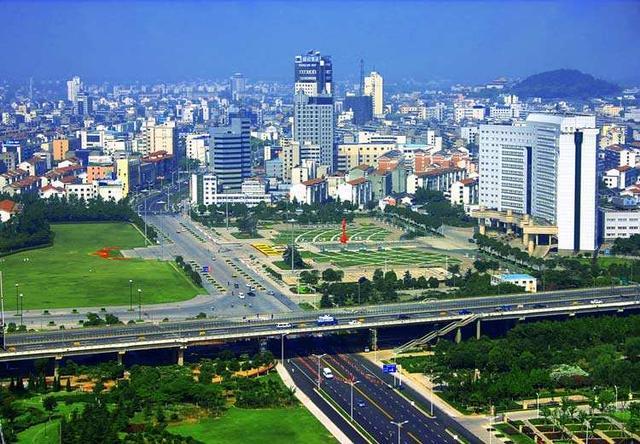 国内最富有的10个县级市排名,第一原来是这个地方!