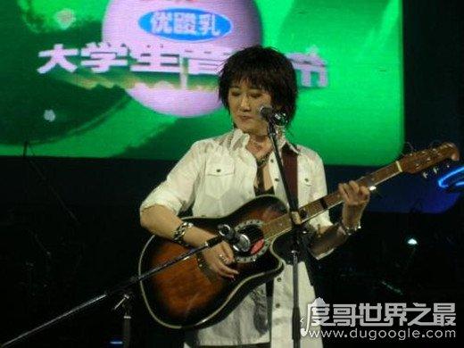 世界上最早的校园歌曲出现在日本,品川弥二郎的阿宫先生是雏形