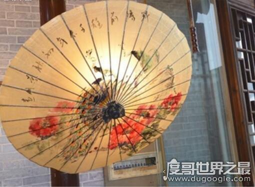 雨伞是谁发明的,鲁班妻子云氏(为了给鲁班出门替别人盖房子用)