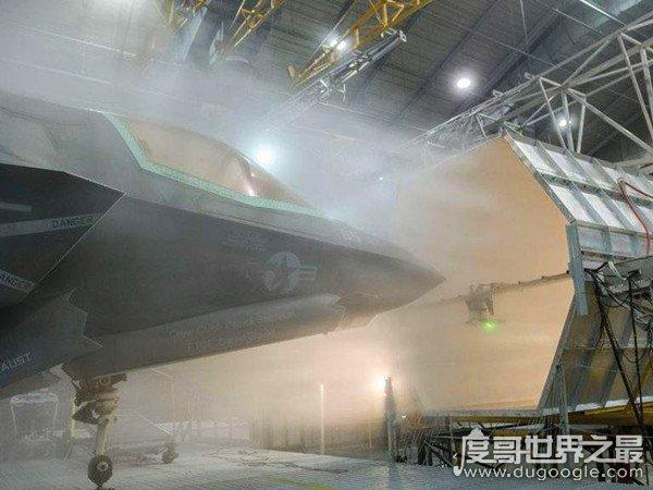 世界上最大的冰箱,能来世若你还在装多架飞机(个头堪比航空母会变成双方舰)