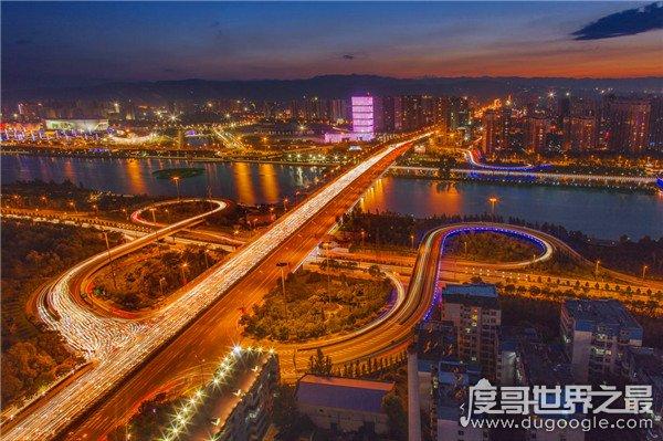 中国最穷十大城市排名,贵阳排第一银川排第二(长沙也上榜)