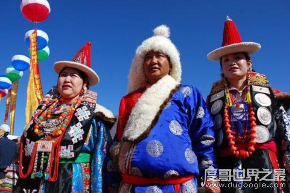 少数民族蒙古族的风俗习惯大全,哈达是蒙古族人民社交活动必备