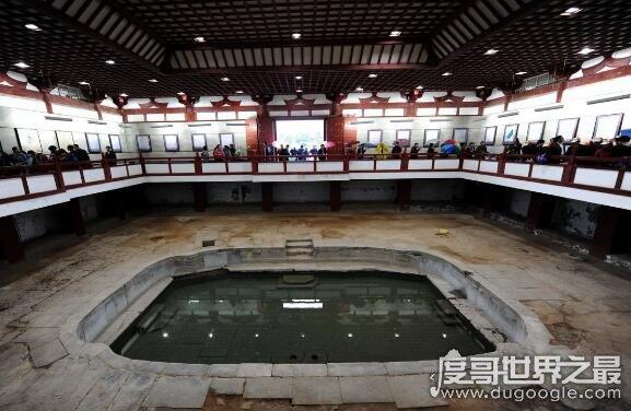 华清池的三个历史典故,无数历史名人在此留下脚印