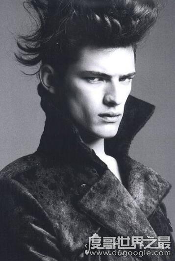 世界第一男模,肖恩·奥普瑞(24岁登福布斯男模收入榜首)