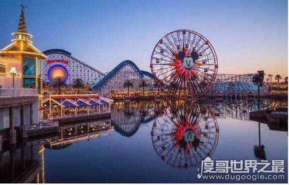 世界上最大的尼乐园,奥兰多迪士尼乐园(总面积达124平方公里)