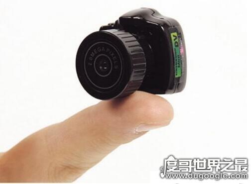 世界最大的胶片相机,被称为美国之眼(长35英尺/高12英尺/宽8英尺)