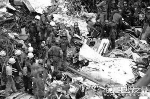 史上最惨烈的空难,日本航空123号班机空难事件(520人死亡4人生还)