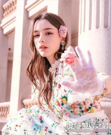 俄罗斯最美女模特,dasha taran年仅20岁(好看到犯规)