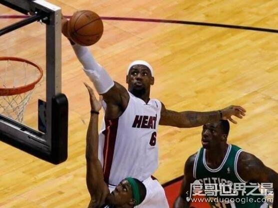NBA的篮板多高,篮板标准高度是2米95(篮板上沿的高度是3米95)