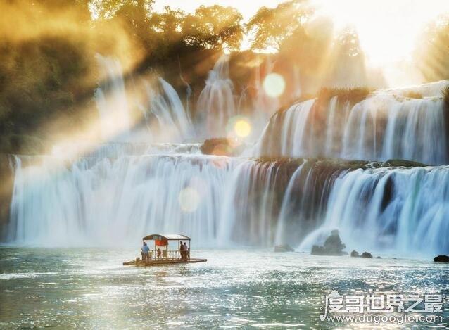 亚洲最大的跨国瀑布,德天大瀑布(电视剧《花千骨》取景地)