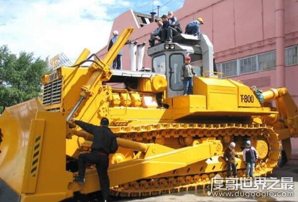 世界上最大的推土机盘点,ACCO铲刀宽7米(工作重量为183吨)