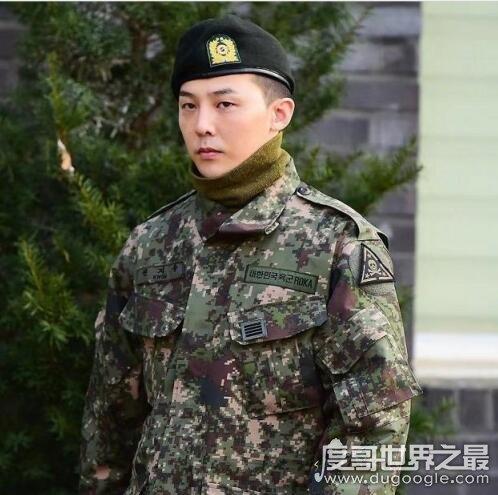 权志龙什么时候服兵役回来,2019年10月26日(王者已经归来)