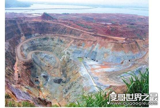 中国最大的铁矿厂,辽宁鞍山铁矿厂(已探明储量超过100亿吨)