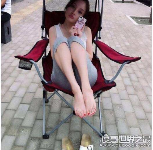 世界上最美的脚丫子排行,盘点拥有一盘美脚的女明星