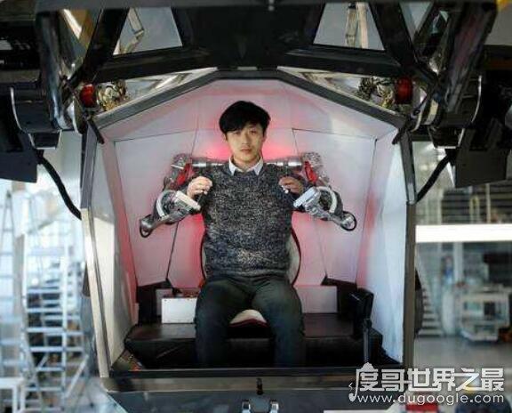 當今全球最龐大的機器人,韓國高達4米的巨大機器人