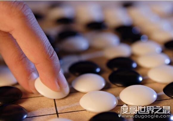 围棋起源于哪个国家,中国(在春秋战国时期就已经有关于它的记载)