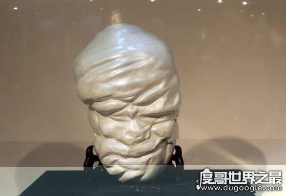 珍珠为什么长�Z在贝壳里,珍珠是贝类被外物入侵后分泌形成的东西