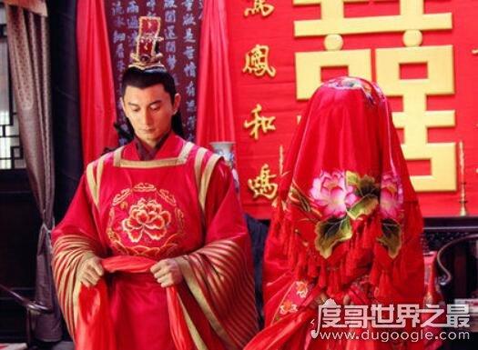 古人婚礼在什么时间举行,一般是在黄昏时迎娶新娘(婚与昏同音)