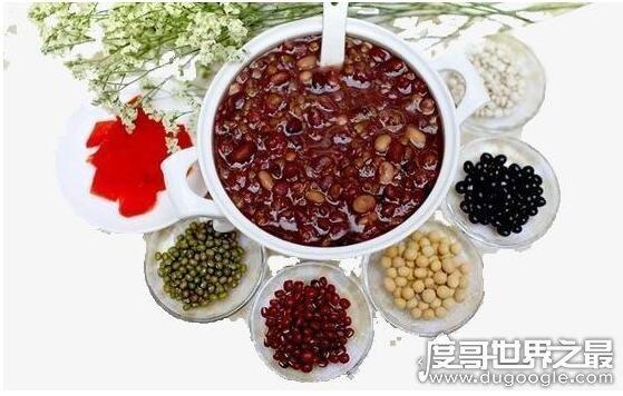 八宝粥的配料是哪八样,不同地区搭配不同(一般是米搭配各种豆子)