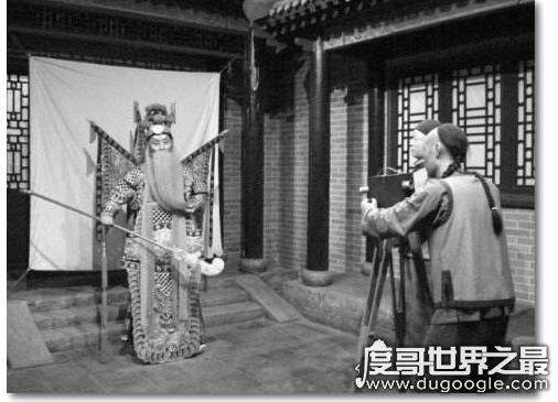 世界上第一部有声电影 是上映于1927年10月6日的《爵士歌王》