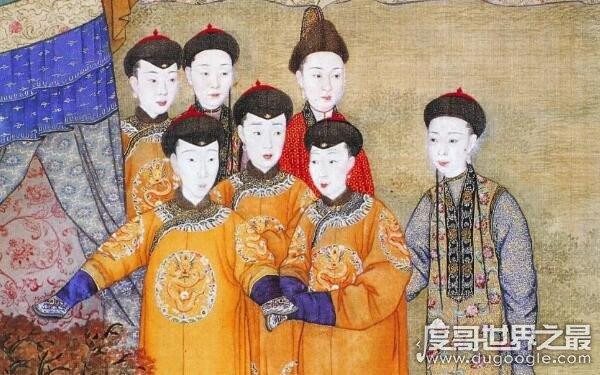 清朝皇室没落,爱新觉罗现在姓什么(包括多个姓氏)