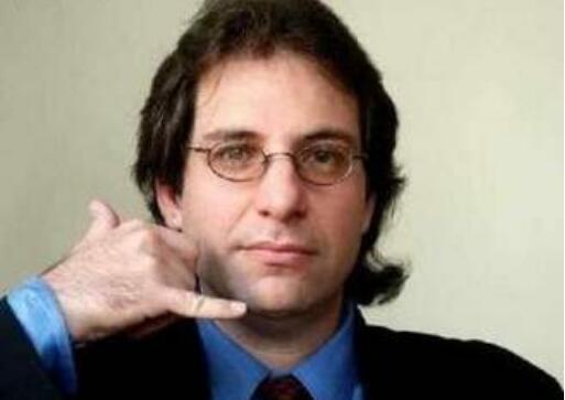 世界最牛黑客 凯文·米特尼克(第一个遭FBI通缉的黑客)