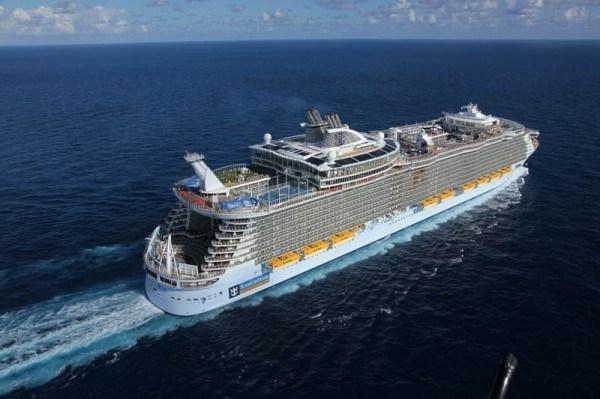 世界上最大的游轮,海洋和谐号耗资8亿英镑重达近23万吨